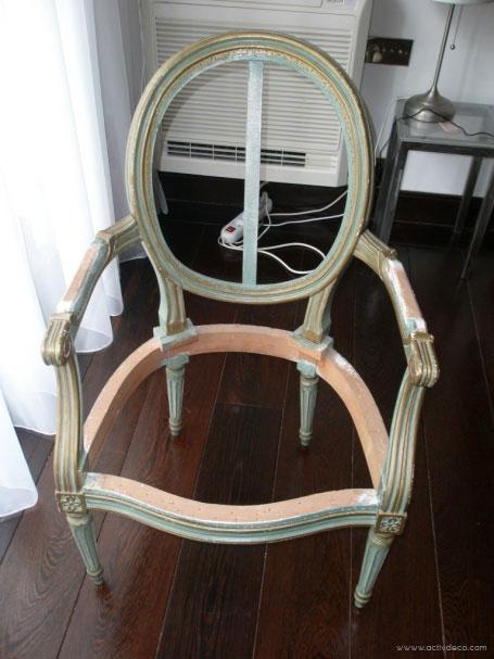 refection de siege a paris fauteuil sofa canap restauration de meuble de style a neuilly. Black Bedroom Furniture Sets. Home Design Ideas